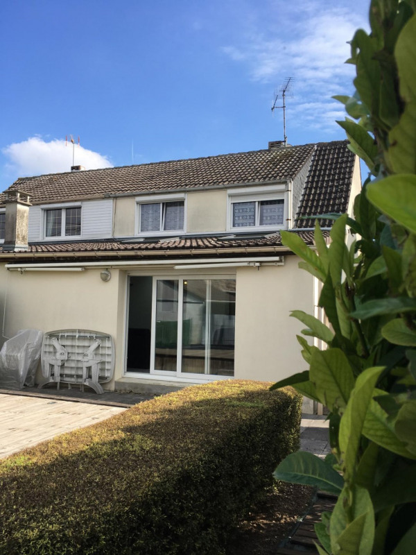 Sale house / villa Châlons-en-champagne 158000€ - Picture 1