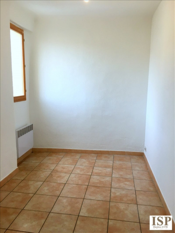 Location appartement Marseille 9ème 779€ CC - Photo 6