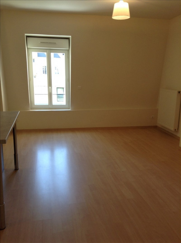 Location appartement St quentin 730€ CC - Photo 5