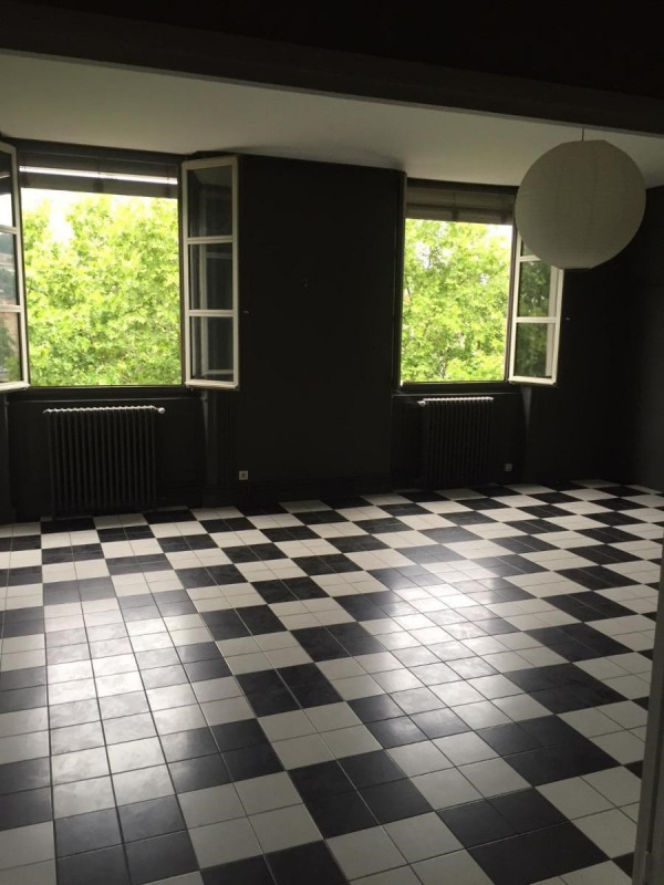 Location appartement Lyon 1er 1 365€ CC - Photo 2