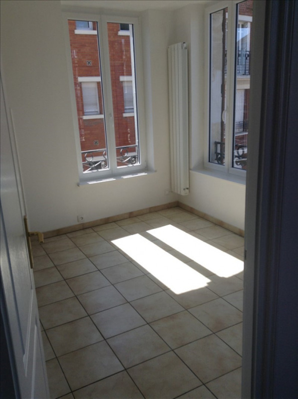 Location appartement St quentin 530€ CC - Photo 3
