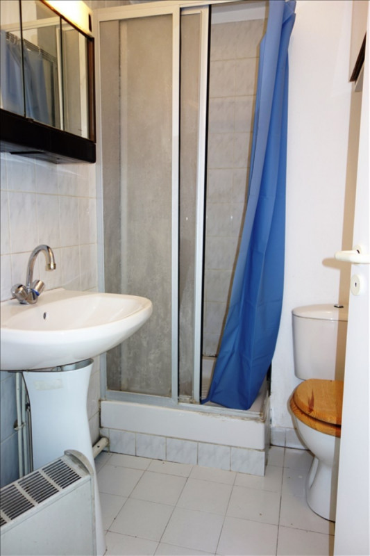Location appartement Toulon 370€ CC - Photo 3