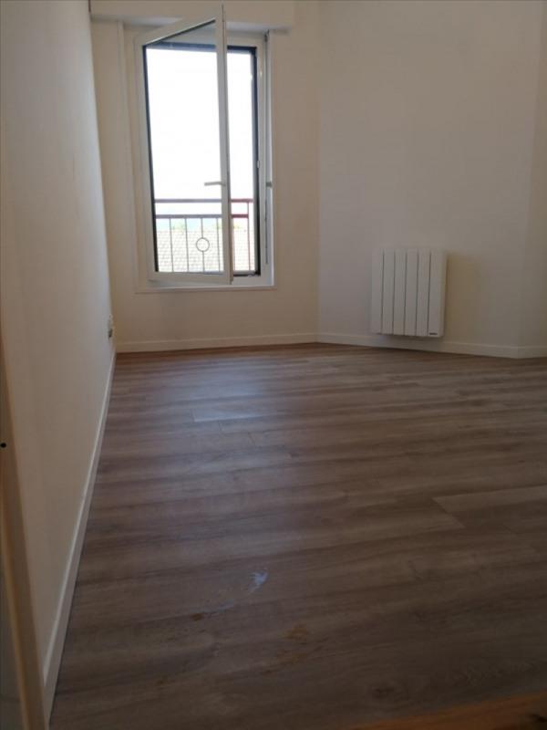 Rental apartment La roche sur foron 625€ CC - Picture 2