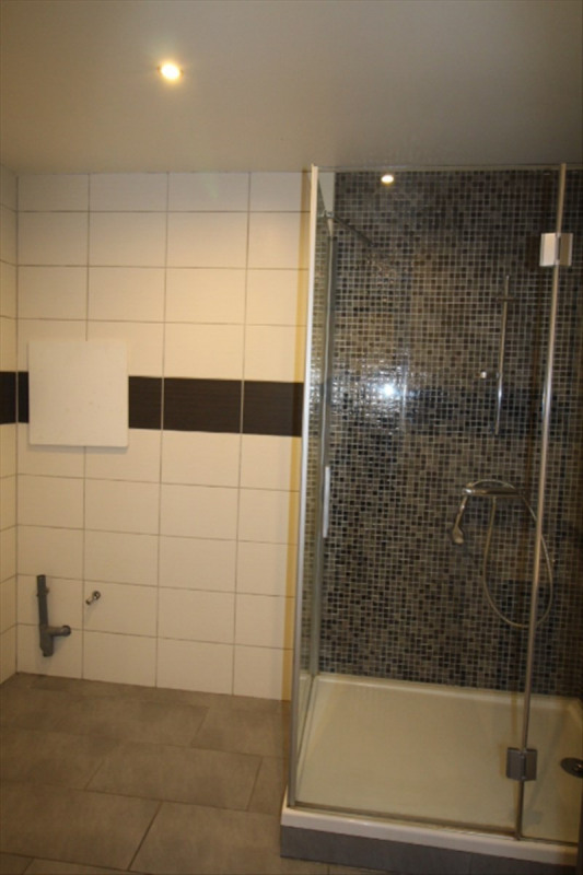Location appartement Sallanches 750€ CC - Photo 3