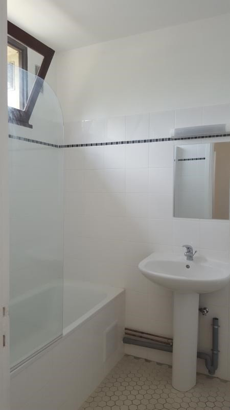 Location appartement Villennes sur seine 885€ CC - Photo 8