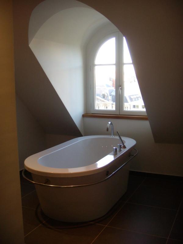 Location appartement Paris 8ème 3900€ CC - Photo 5
