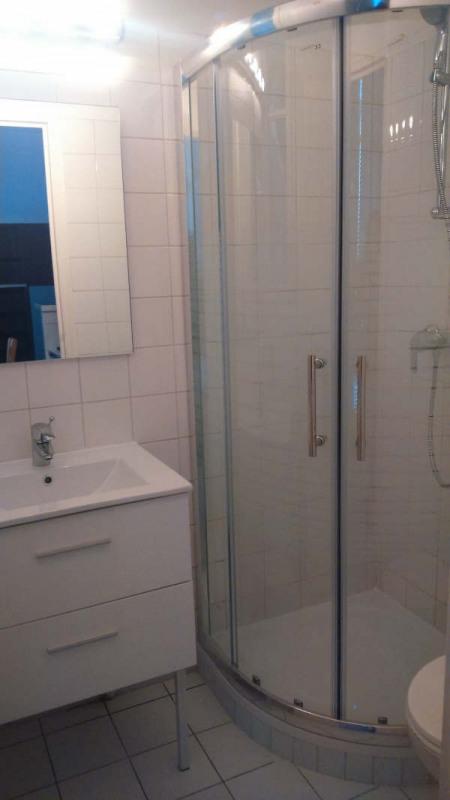 Location appartement Paris 7ème 870€ CC - Photo 4