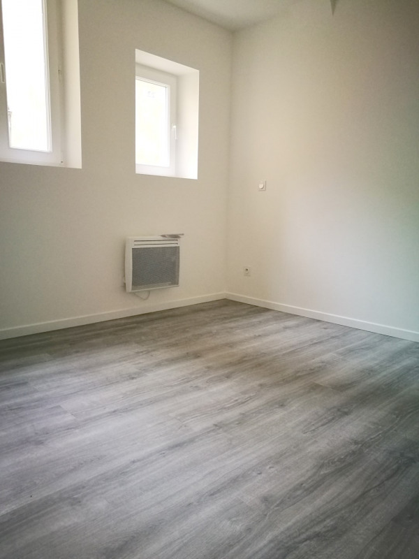 Sale apartment Melun 118800€ - Picture 2