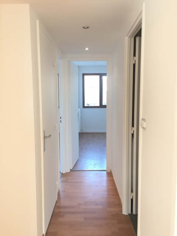 Rental apartment La varenne st hilaire 1450€ CC - Picture 7