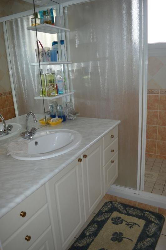 Vente maison / villa Ploudiry 136500€ - Photo 7