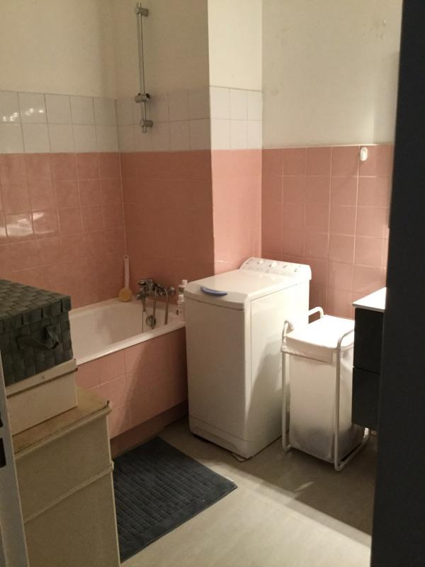 Location appartement Aix-en-provence 1180€ CC - Photo 6