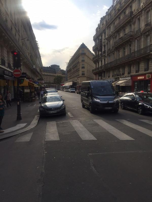 Location Boutique Paris 9ème 0
