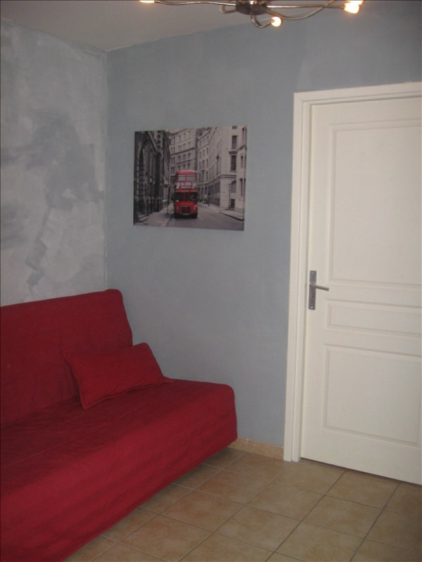 Location maison / villa Meximieux 925€ CC - Photo 4