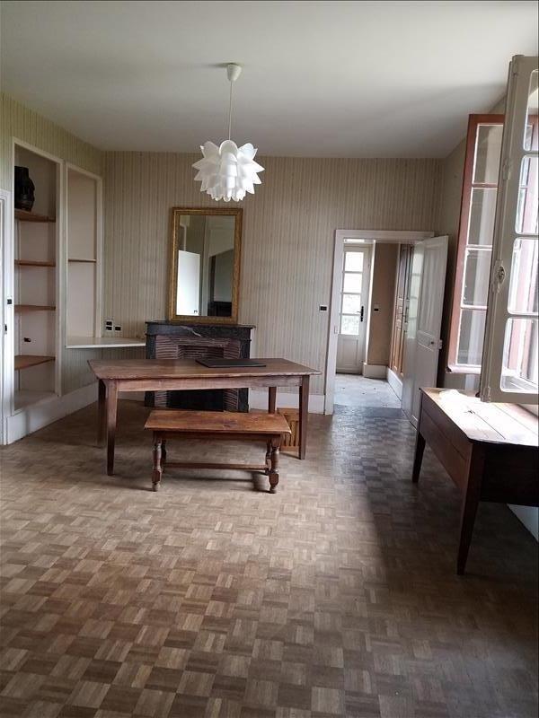 Location maison / villa Champvert 1060€ CC - Photo 4