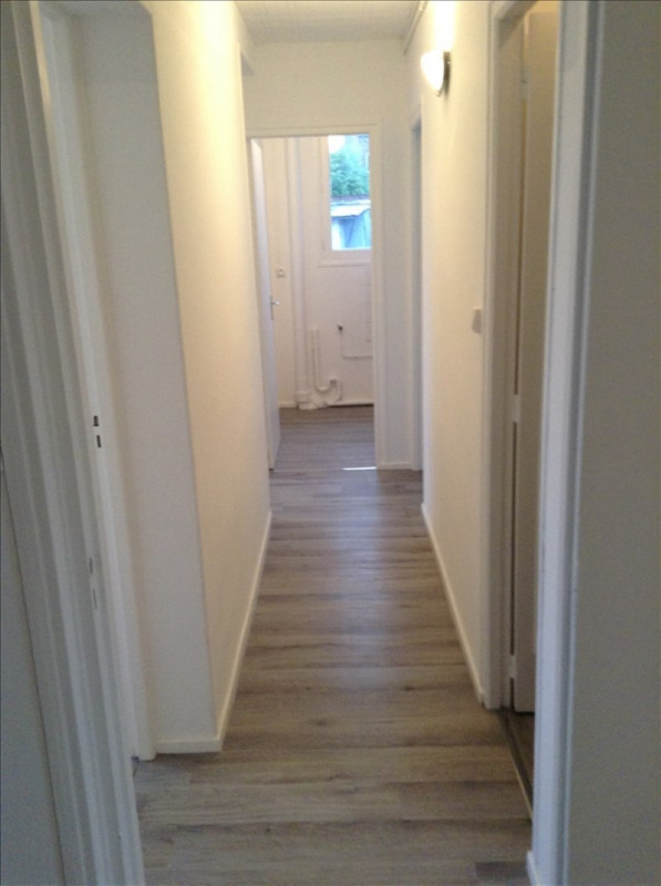 Location appartement St quentin 712€ CC - Photo 5