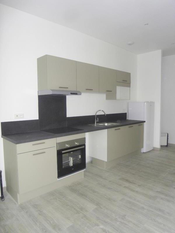 Rental apartment Cognac 515€ CC - Picture 1