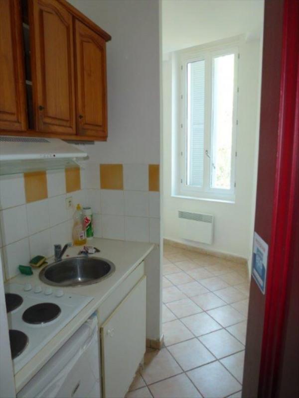 Location appartement Toulon 395€ CC - Photo 2