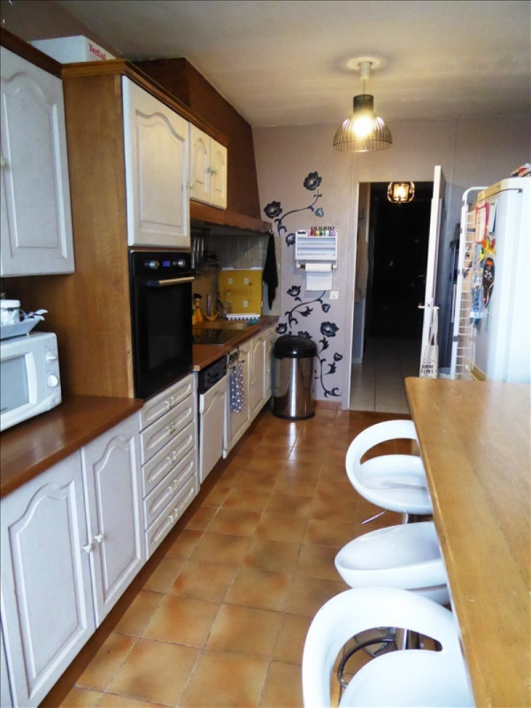 Sale apartment Lyon 8ème 145000€ - Picture 2