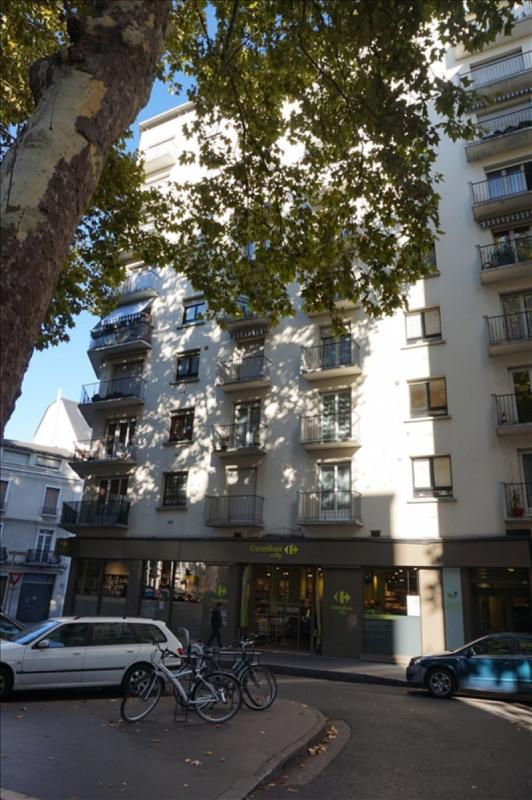 Sale apartment Tours 129000€ - Picture 1