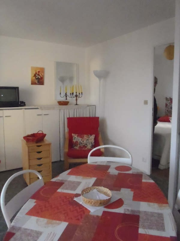 Sale apartment Royan 126 000€ - Picture 1