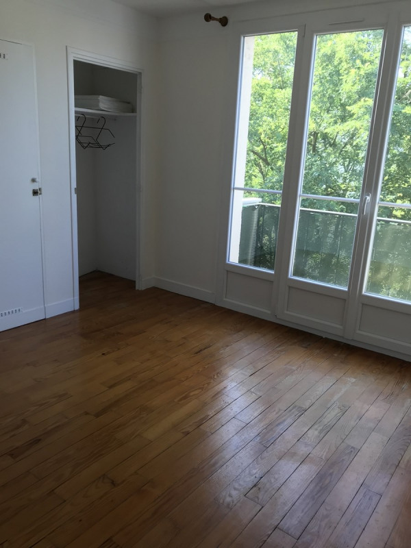 Location appartement Colombes 950€ CC - Photo 5