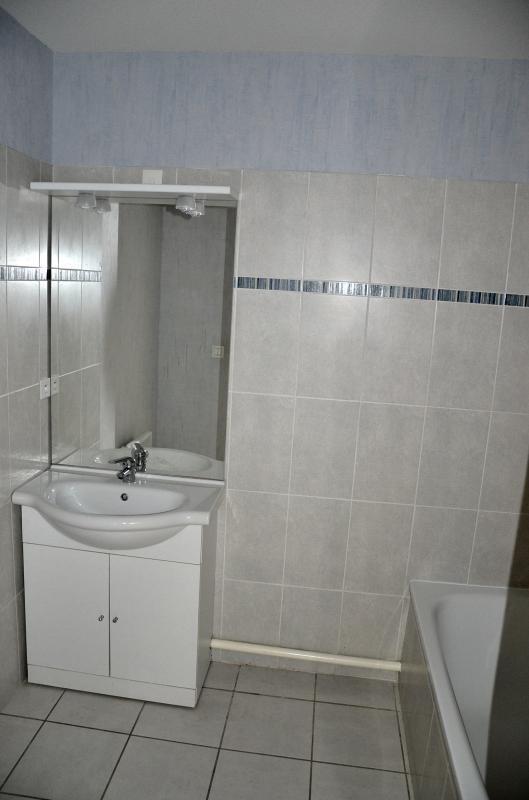 Rental apartment Bellegarde sur valserine 807€ CC - Picture 8