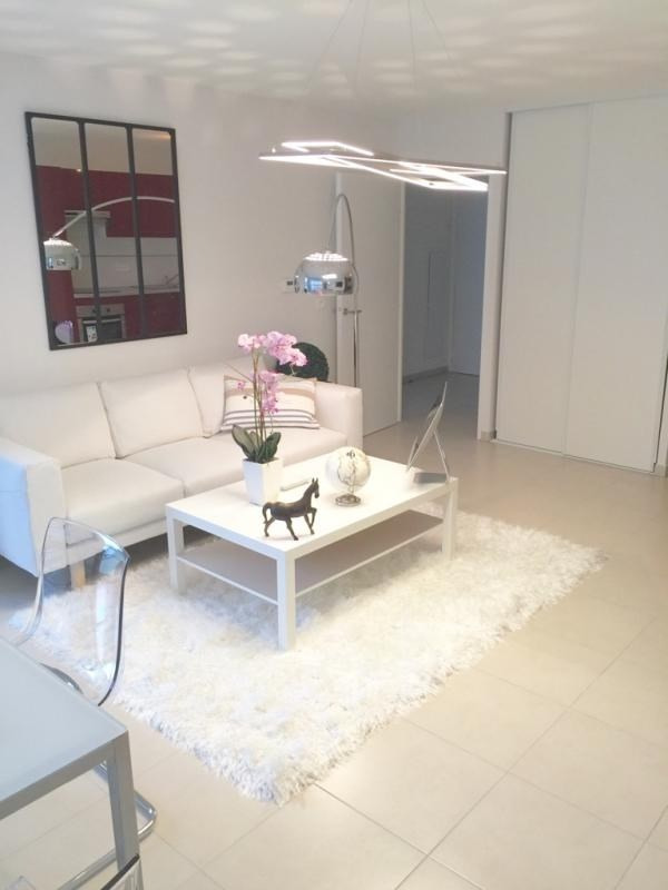 Deluxe sale apartment St raphael 259 000€ - Picture 1