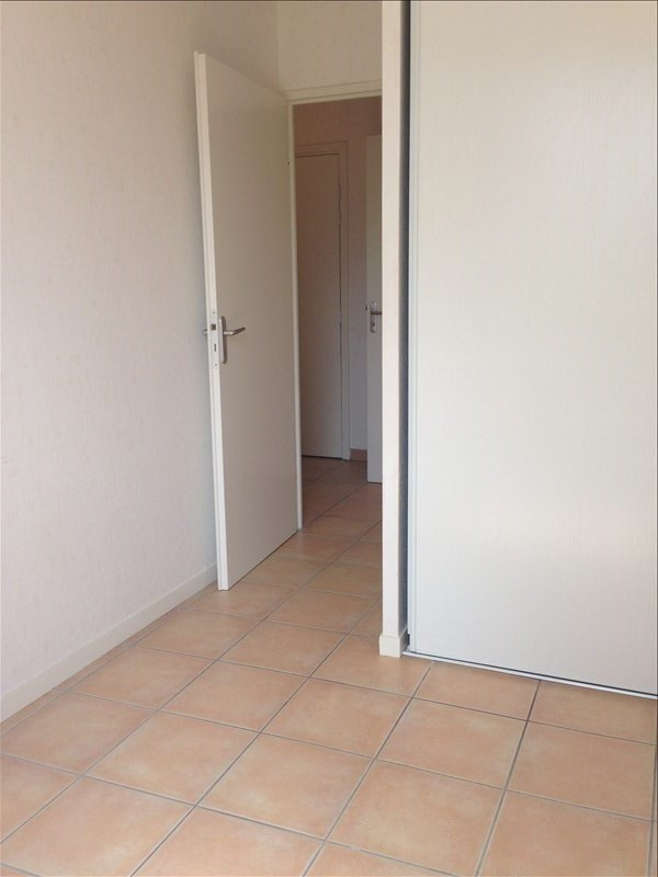 Sale apartment La salvetat st gilles 110000€ - Picture 5