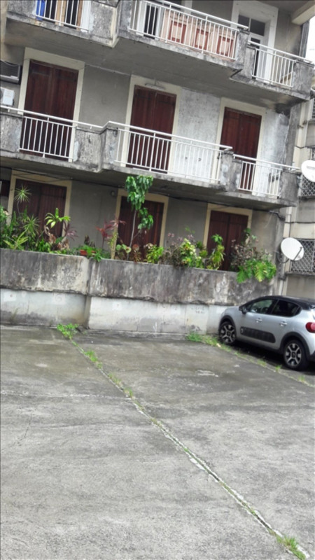 Location appartement Pointe a pitre 700€ CC - Photo 2