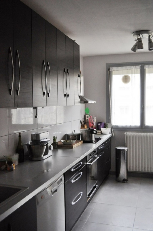Sale apartment Tassin-la-demi-lune 265000€ - Picture 4