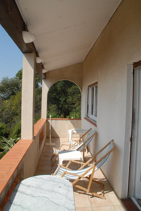 Vacation rental house / villa Les issambres 885€ - Picture 8