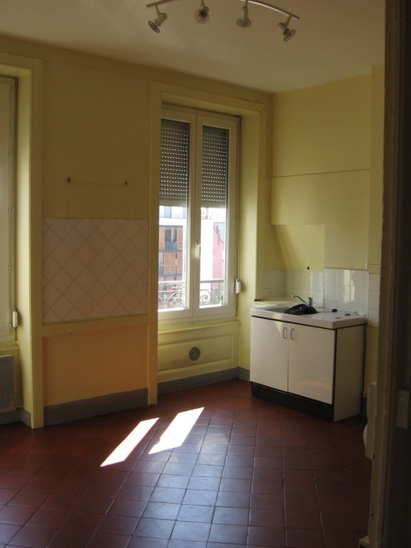 Verhuren  appartement Oullins 455€ CC - Foto 5