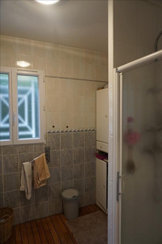 Sale house / villa St andre de cubzac 164000€ - Picture 9