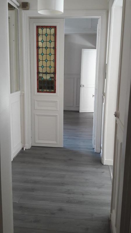 location bureau paris 6 me paris 75 80 m r f rence n bureaux rennes. Black Bedroom Furniture Sets. Home Design Ideas