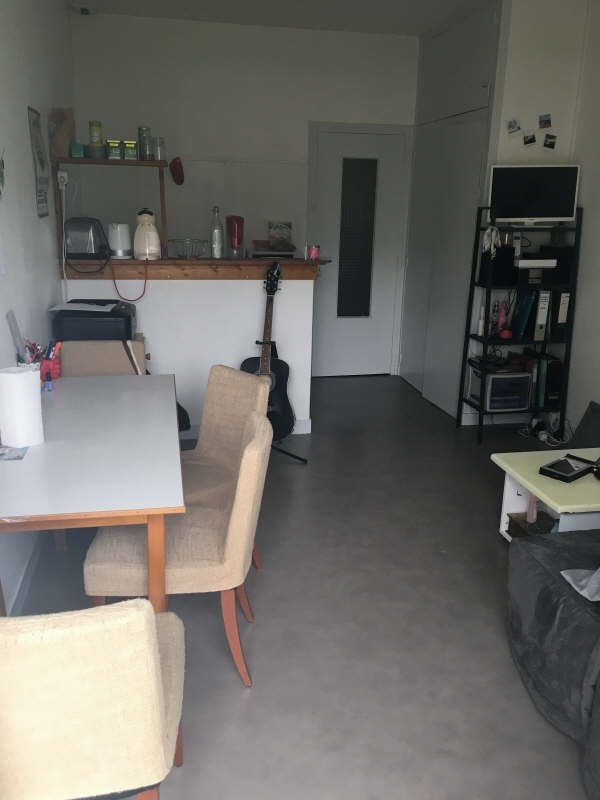 Rental apartment Poitiers 315€ CC - Picture 1