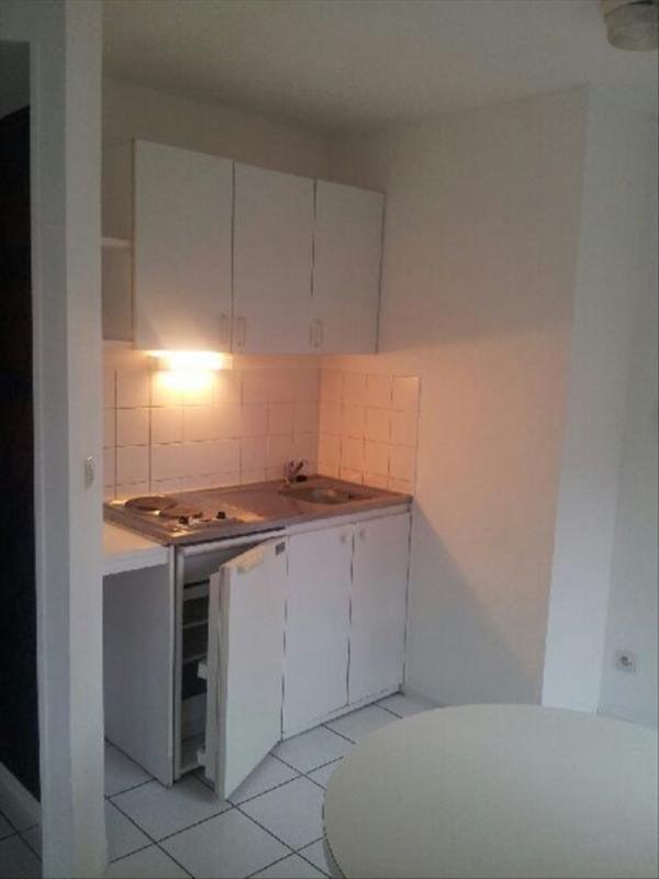 Rental apartment Angoulême 405€ CC - Picture 2