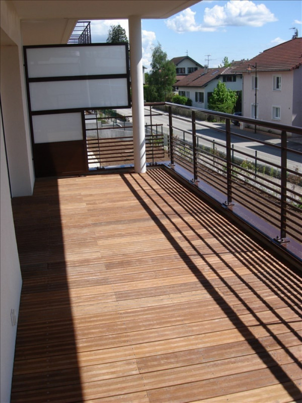 Location appartement Thoiry 934€ CC - Photo 1