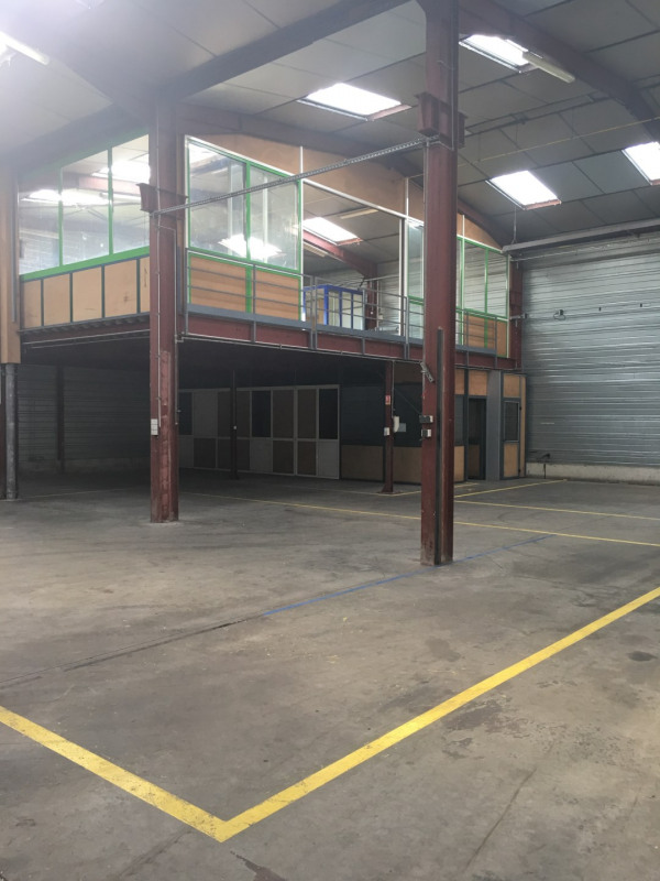 Location local commercial Toury 4956€ HT/HC - Photo 12