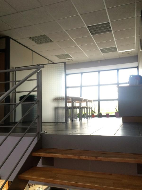 Location Local d'activités / Entrepôt Vourles 0