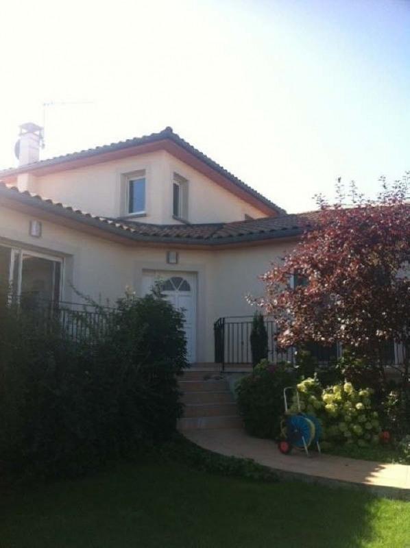 Rental house / villa Pusignan 1950€ CC - Picture 1