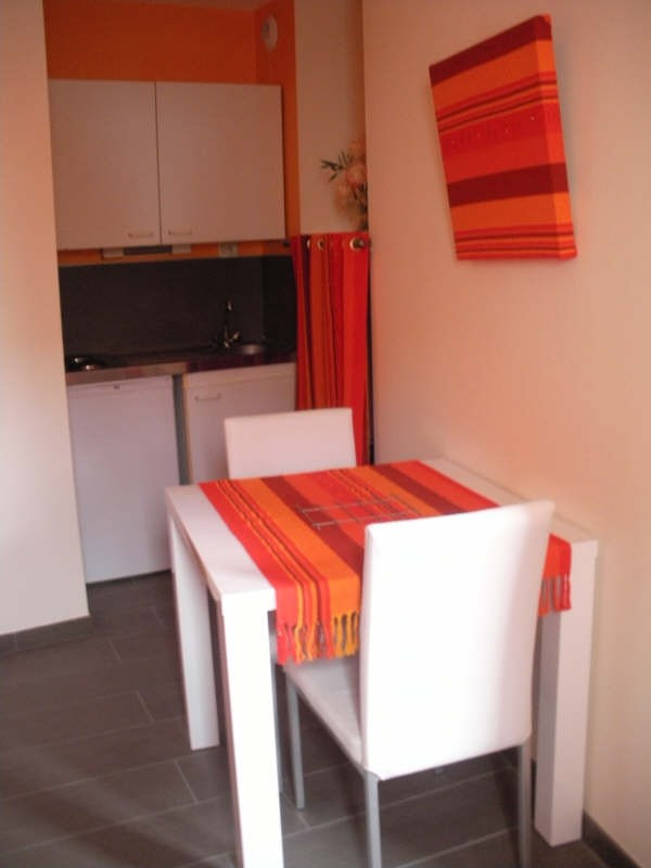 Rental apartment Brest 360€ CC - Picture 2