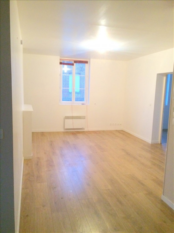 Rental apartment La riviere st sauveur 590€ CC - Picture 3