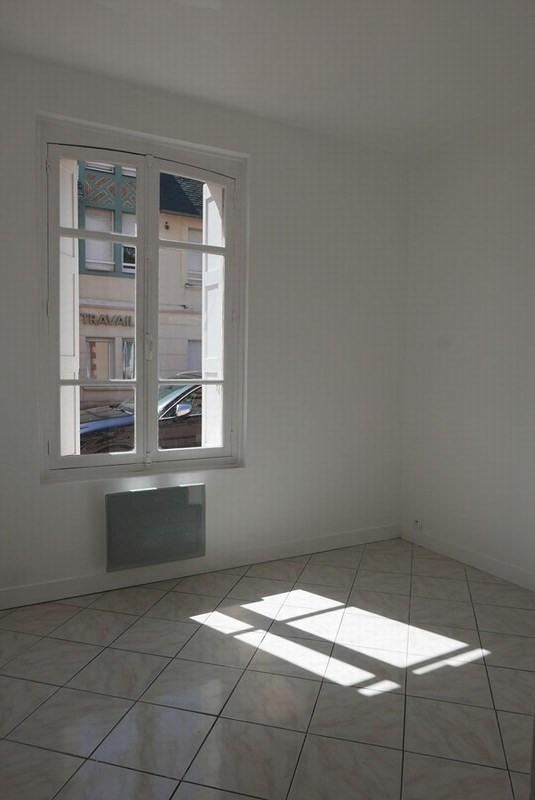 Verkoop  appartement Deauville 99500€ - Foto 5