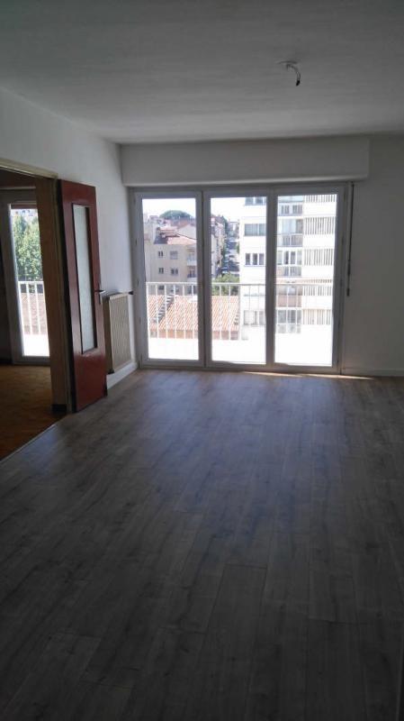 Sale apartment Toulon 182000€ - Picture 2