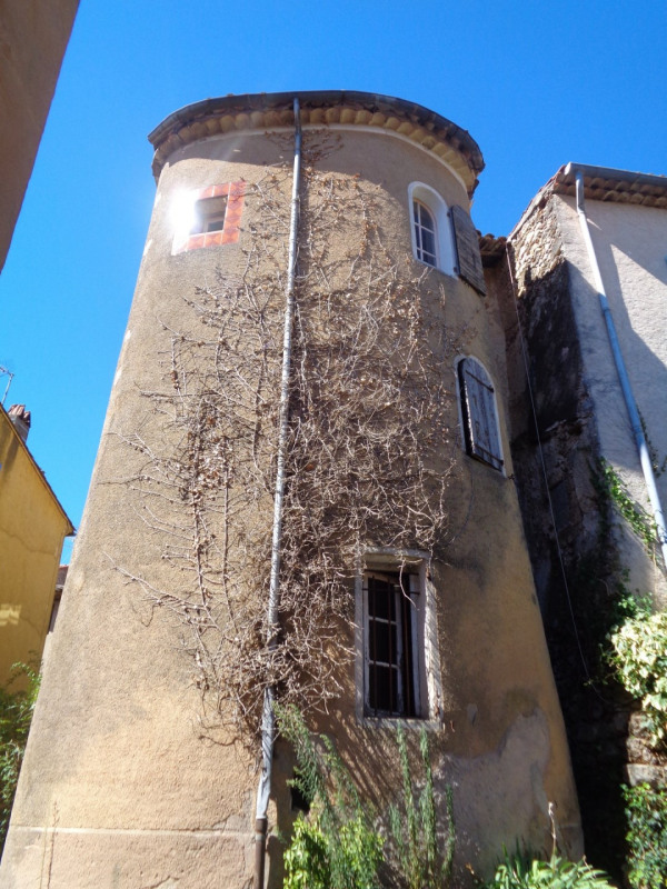 Vente appartement Sillans-la-cascade 160000€ - Photo 2