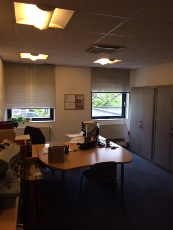 Rental office Strasbourg 3 054€ CC - Picture 3