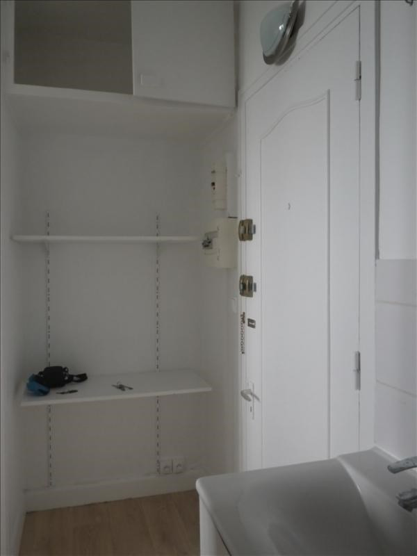 Rental apartment Versailles 442€ CC - Picture 4