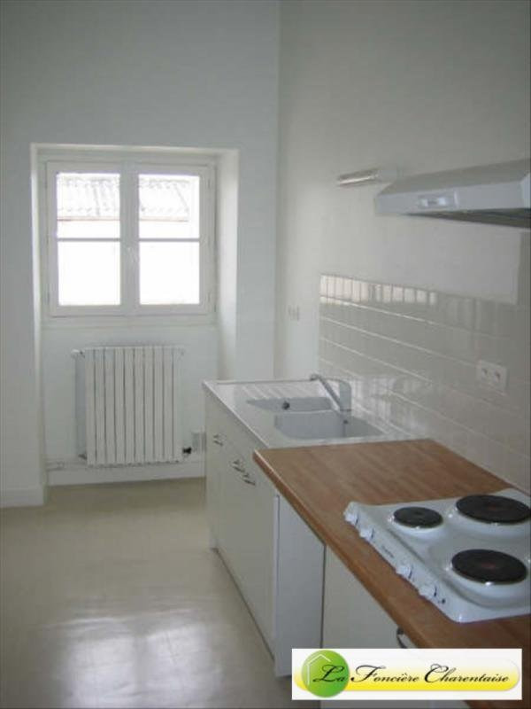 Sale apartment Angoulême 99 190€ - Picture 2
