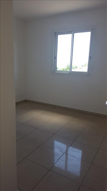 Rental apartment St pierre 594€ CC - Picture 4