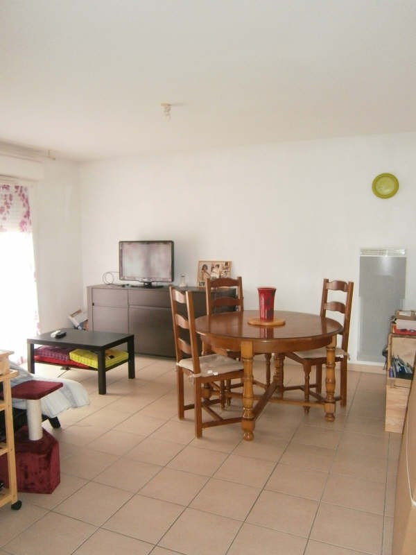Rental house / villa Galgon 547€ CC - Picture 1